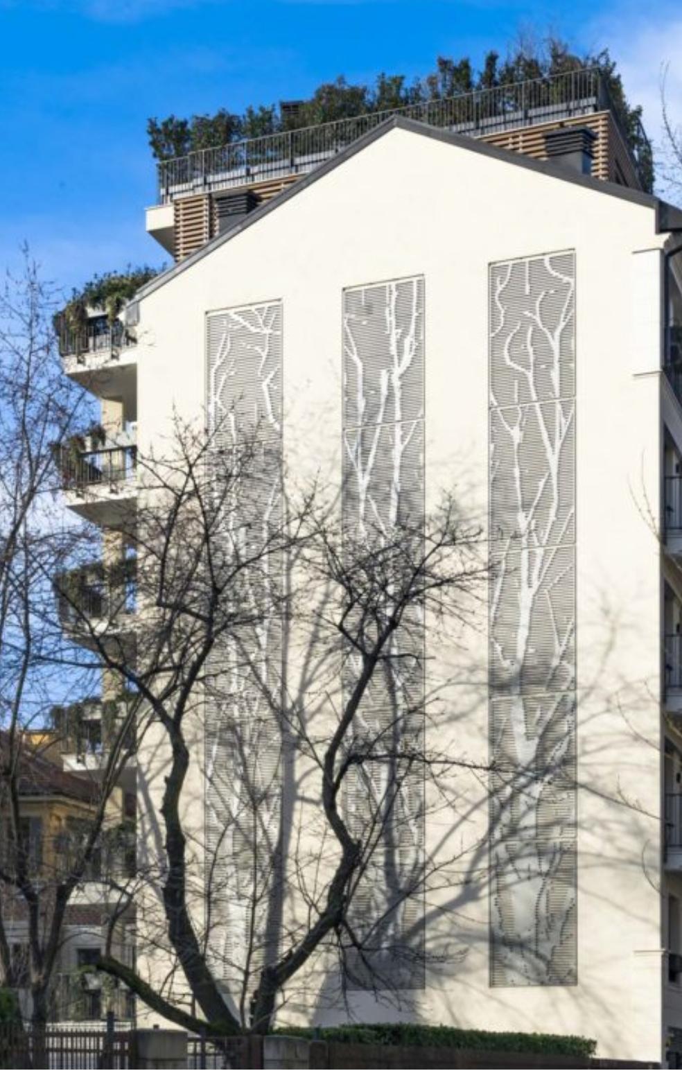 Brise soleil su attico a Milano